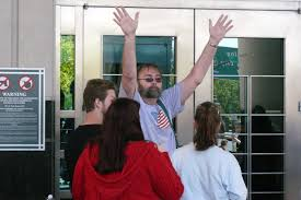 Entering the courthouse for surrender 2011